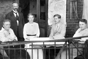 Michael with the Neumeister family in Jena in 1917